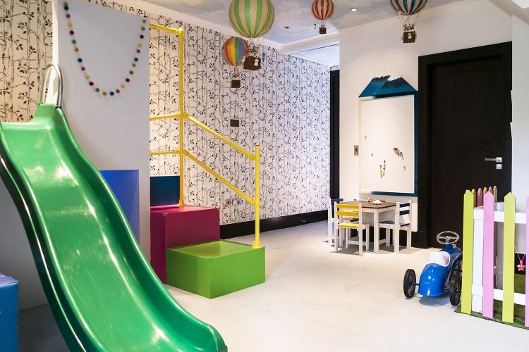 The best Playroom in London_MK Kids Interiors_playroom designer_magnetic drawing board