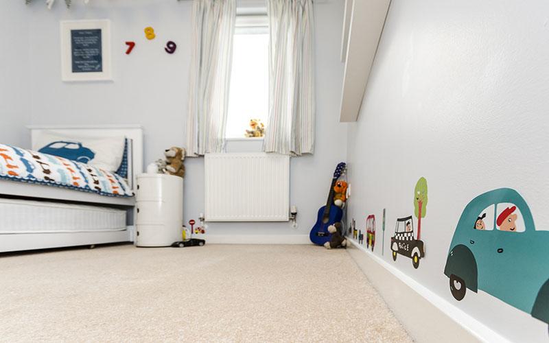 Jaedens Bedroom, Boy's bedroom with wall stickers