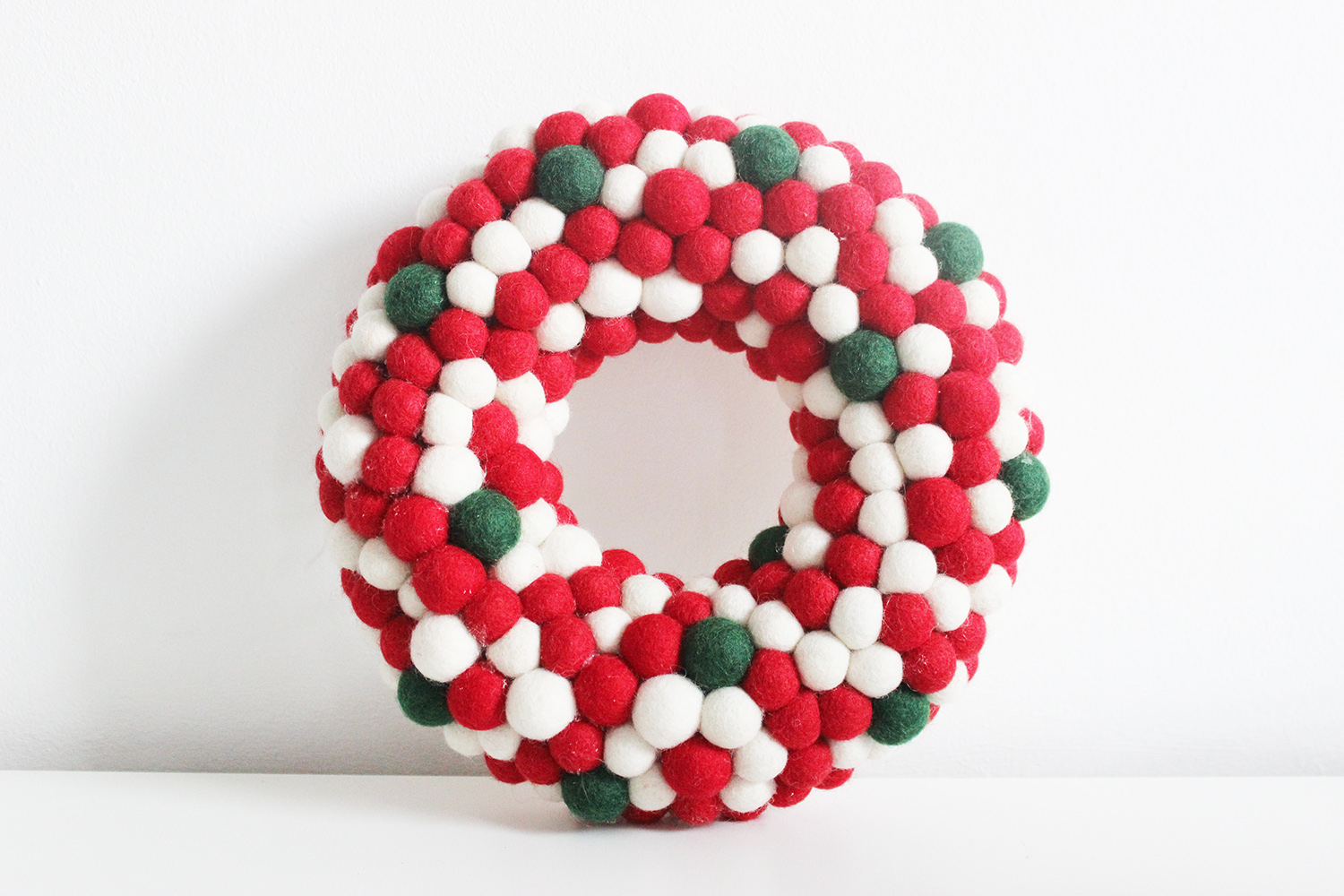 Felt Ball Christmas Wreath Red White And Green Mk Kids Interiors