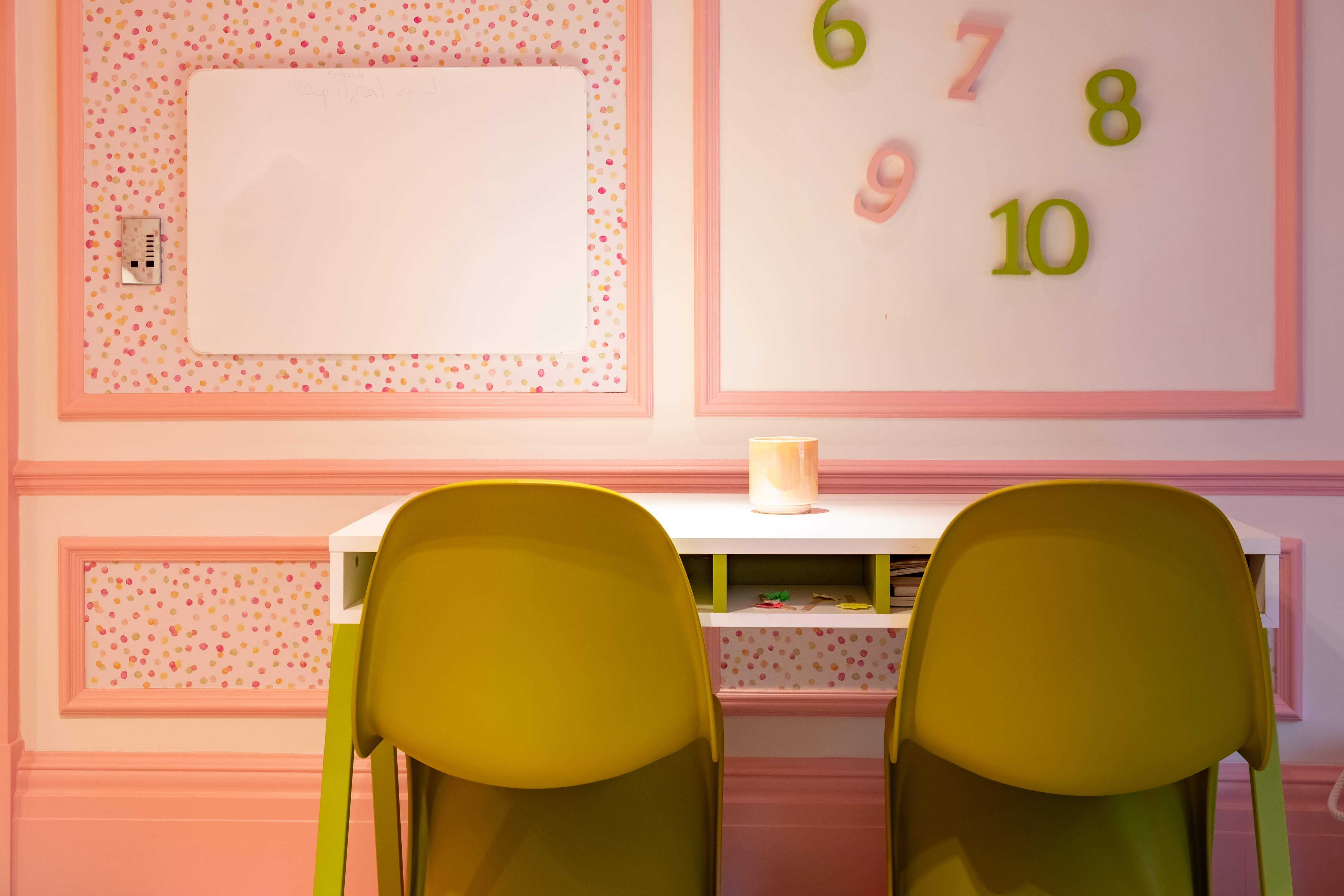 Childrens interiors Kids desk